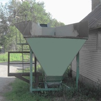 Industrial Hopper, Hog Feed, Firewood Belt Conveyor